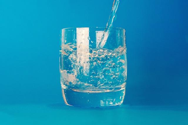 glass-2619011_640.jpg