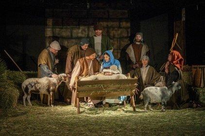 living-nativity-3885699_640